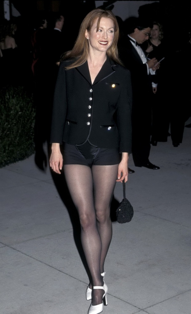 Julianne Moore Pantyhose